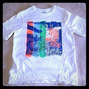 Oshkosh tee shirt